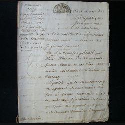 vieux manuscrit (30) du 3 brumaire de l'an sept comprenant 6 pages d'un compte rendu de jugement par le tribunal civil départemental de Seine et Oise avec 2 sceaux de 50 centimes demi cercles et un sceau du tribunal de Versailles