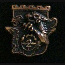 17° RGP 2° CIE PAMIR : insigne de la 2° compagnie du 17° régiment du génie parachutiste Pamir XIII tout en bronze massif boléro allongé