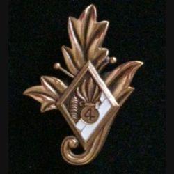 4° REI : insigne du commissariat du 4° régiment étranger d'infanterie couleur blanche en bronze massif tirage dissolution