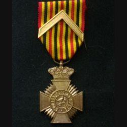 BELGIQUE : médaille du mérite militaire belge pour ancienneté de 1° Classe l'union fait la force
