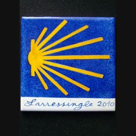 Carrelage du chemin de Compostelle signé Larressingle 2010 (C147)