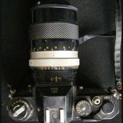 APPAREIL PHOTO : NIKOMAT OBJECTIF NIKKOR Q AUTO 1:28 F à 135 mm