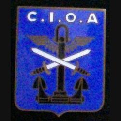 CIOA : Cet insigne du centre interarmes des opérations amphibies de fabrication est de fabrication Chobillon et en émail