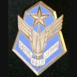 101° GALAT : insigne du 101° groupe de l'aviation légère de l'armée de terre  de fabrication Drago G. 1630 en émail