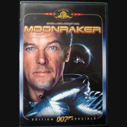 "DVD intitulé "" 007 Moonraker "" film de James Bond avec Roger Moore"