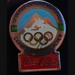 Pin's Coca Cola des jeux olympiques d'hiver de Garmisch Partenkirchen en 1936