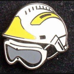 Pin's pompier : pin's de casque de pompiers