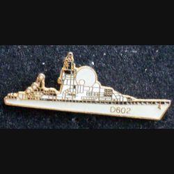 Pin's militaire : pin's représentant la frégate Suffren D 602