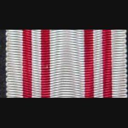 AUTRICHE : ruban de la médaille de la croix rouge autrichienne de longueur 14 cm et de largeur 2,7 cm