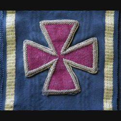 INCONNU : Cette écharpe de Grand Officier est de couleur noire à liserets or