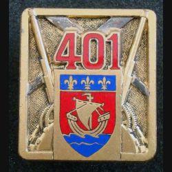 401° RAA : insigne métallique du 401° régiment d'artillerie antiaérienne de fabrication Drago Olivier Métra en émail