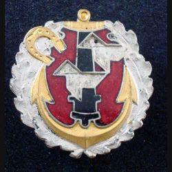 22° RAC :  Insigne métallique du 22° régiment d'artillerie coloniale de fabrication Drago Béranger en émail