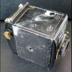 APPAREIL PHOTO : appareil de photo allemand Mentor Compur Reflex avec objectif tessar 1 : 3,5 f : 105 cm Carl Zeiss n° 1085064