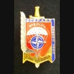 3° RPIMA : insigne métallique GUÉPARD KOSOVO 1999 du 3° régiment parachustiste d'infanterie de marine de fabrication Boussemart