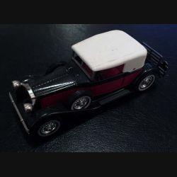 1930 Packard Victoria