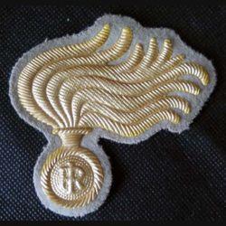 ITALIE : insigne tissu de casquette des carabinieri italiens en cannetille de largeur 8 cm