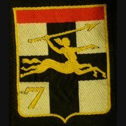 7° DB : insigne tissu de la 7° division blindée avec chiffre 7 centaure vers la droite