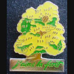 PIN'S NATURE : Pin's j'aime la forêt