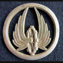 TRAIN : Insigne métallique de béret de fabrication Coinderoux Paris attaches cassées