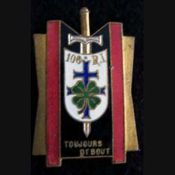 106° RI : 106° régiment d'infanterie sans nom du fabricant dos lisse en émail
