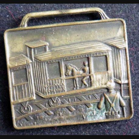 USA AMERICAN LEGION : médaille de la première guerre mondiale de la société des 40 hommes et 8 chevaux numérotée 7565 sans ruban
