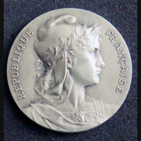 MEDAILLE : médaille de la République Française de Rivet type 4° république française de diamètre 37 mm en bronze argenté