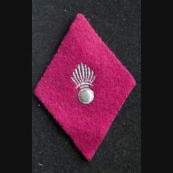 losange de bras modèle 45 : insigne tissu du service santé troupe