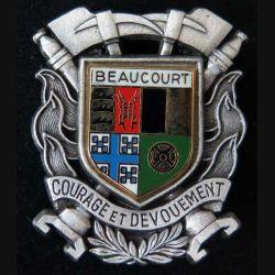 POMPIERS : insigne métallique des pompiers de Beaucourt de fabrication Ballard sur son cuir (1)