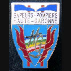 POMPIERS : insigne métallique des pompiers de Haute Garonne de fabrication Ballard sur son cuir (5)