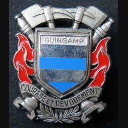 POMPIERS : insigne métallique des pompiers de Guingamp de fabrication Ballard sur son cuir (5)