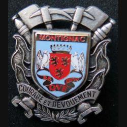 POMPIERS : insigne métallique des pompiers de Montignac de fabrication Ballard sur son cuir (5)