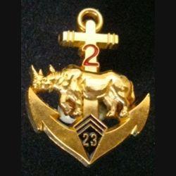 23° BIMA : insigne métallique du 2° escadron du 23° bataillon d'infanterie de marine rhinocéros doré de fabrication Y. Boussemart