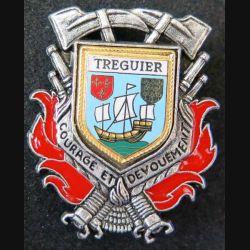 POMPIERS : insigne métallique des pompiers de Tréguier de fabrication Ballard sur son cuir (8)