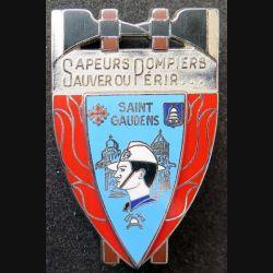 POMPIERS : insigne métallique des pompiers de Saint Gaudens de fabrication Ballard sur son cuir (8)