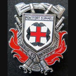 POMPIERS : insigne métallique des pompiers de Monfort Sur Meuse de fabrication Ballard sur son cuir (9)