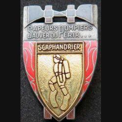 POMPIERS : insigne métallique de scaphandrier des sapeurs pompiers de fabrication Ballard sur son cuir (10)