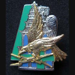 44° RT : insigne métallique de la 4° compagnie du 44° régiment de transmission de fabrication Ballard aigle et chouette