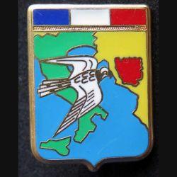 AIR : insigne métallique du détachement de l'armée de l'air en Yougoslavie opération Crécelle de fabrication Ballard numéroté