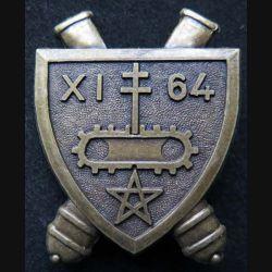 64° RAA : insigne métallique du XI° Groupe du 64° régiment d'artillerie d'Afrique de la 2° DB division blindée de fabrication Ballard retirage
