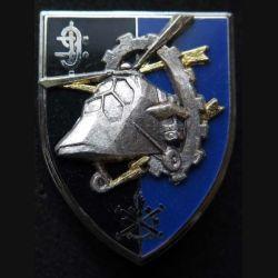 9° RSA : insigne métallique du 9° régiment de soutien aéromobile de fabrication Ballard G. 3449