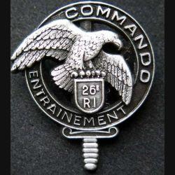 CEC 26° RI : insigne métallique du centre d'entrainement commando du 26° régiment d'infanterie  de fabrication Ballard GS 31 pointe de l'épée cassée tout métal