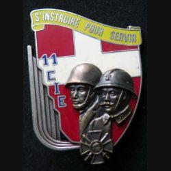 1° RI : insigne de la 11° compagnie du 1° régiment d'infanterie de fabrication Delsart