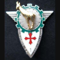14° RPCS : insigne métallique de l'escadron de circulation et des transports du 14° régiment parachutiste de commandement et des services de fabrication Ballard