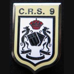 CRS 9 : insigne métallique de la compagnie républicaine de sécurité n° 9 de fabrication Ballard