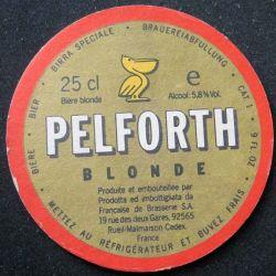 DESSOUS DE VERRE A BIÈRE : Dessous de verre à bière Pelforth de diamètre 10,3 cm