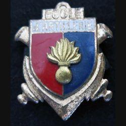 EAA : Insigne métallique de l'école d'artillerie de fabrication Drago Paris H. 252 en émail