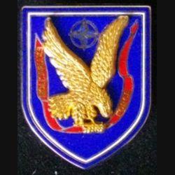 8° RPIMA : insigne métallique du 8° régiment parachutiste d'infanterie de Marine RPIMA EXTRACTION FORCE de fabrication Parallel
