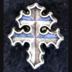 Pin's croix de Lorraine 17X20 mm f Ballard