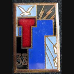 38° régiment de transmissions Drago H.576 en émail T rouge translucide