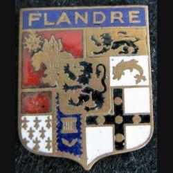 ancien blason en émail de la Flandre française 24X31 mm